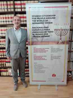 Noticias Derecho | César Ciriano Vela
