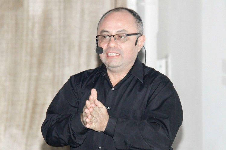 Foto de Álvaro Mendoza revelará su infalible sistema de ventas