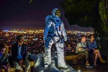 Gran astronauta que ha presidido la ciudad de Barcelona durante la gala, fabricado por Adaequo con impresión 3D.