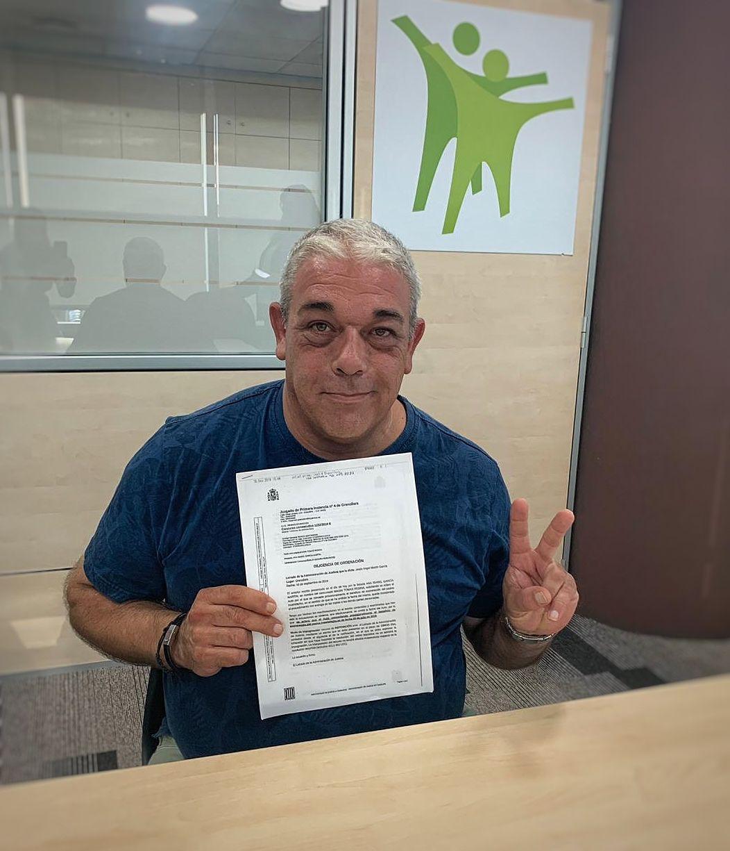 Foto de Magin Tomás Resina ha recibido la cancelación de deuda con