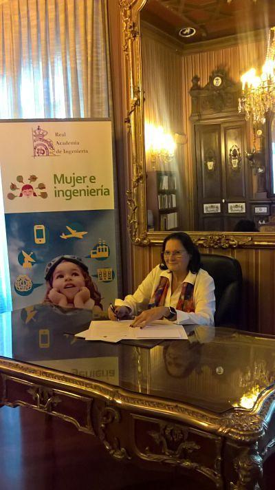 Foto de Regila Llopis Rivas, Presidenta de WA4STEAM