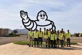 El Colegio Nuestra Señora de Lourdes de Valladolid visita el Centro de Experiencias de Michelin en Almería