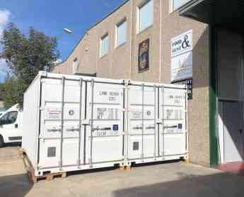 Trastering sigue innovando en el sector del almacenaje con el alquiler de containers marítimos a domicilio