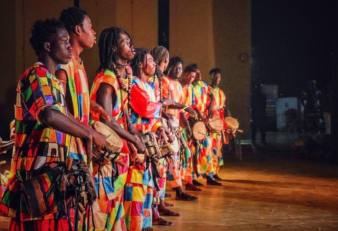 Tambores Cercanos: Senegal invade Madrid de ritmo con Tambours du Ndiambour