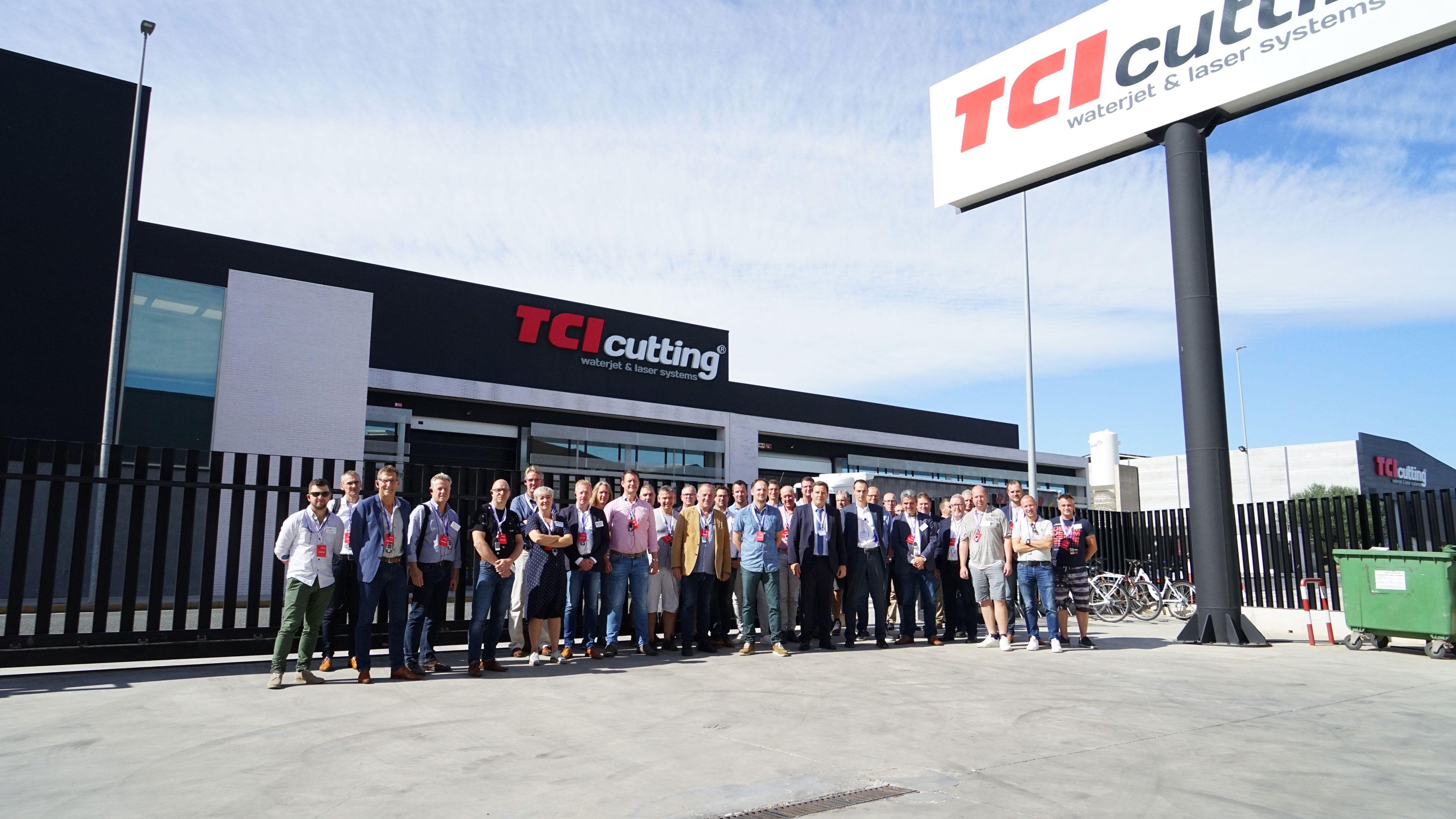 Foto de Grupo de empresarios tras la visita