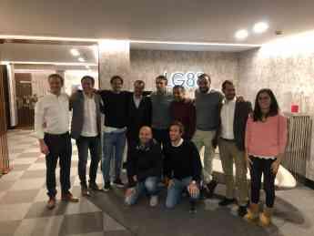 Foto de Socios y fundadores de SumaCRM junto con el fundador de