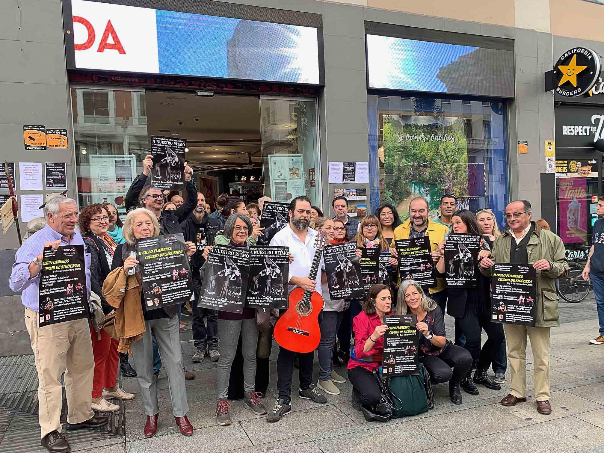 Fotografia Sigüenza se pone flamenca