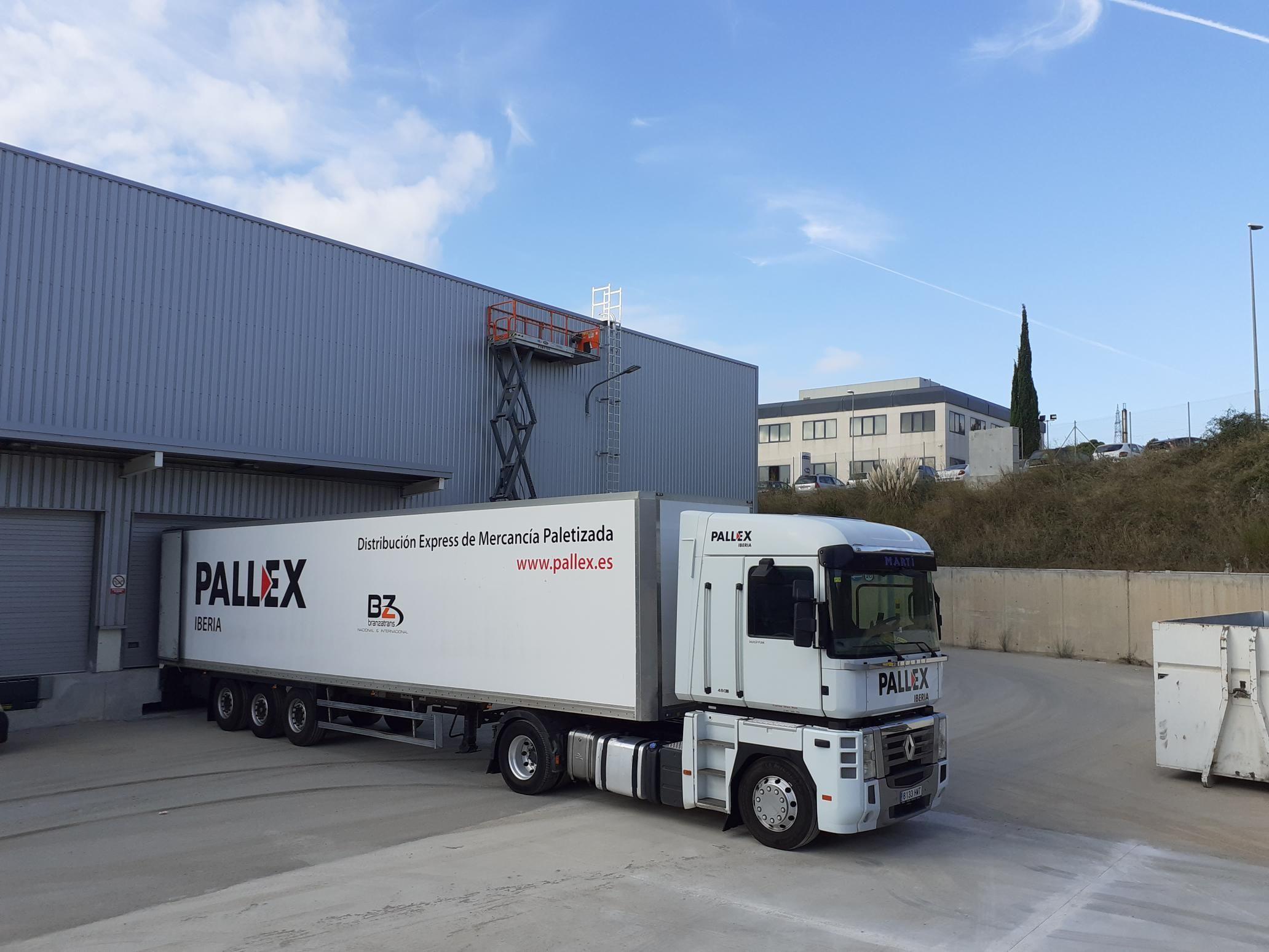 Fotografia Exterior del nuevo hub de Pall-Ex en Sant Esteve Sesrovires