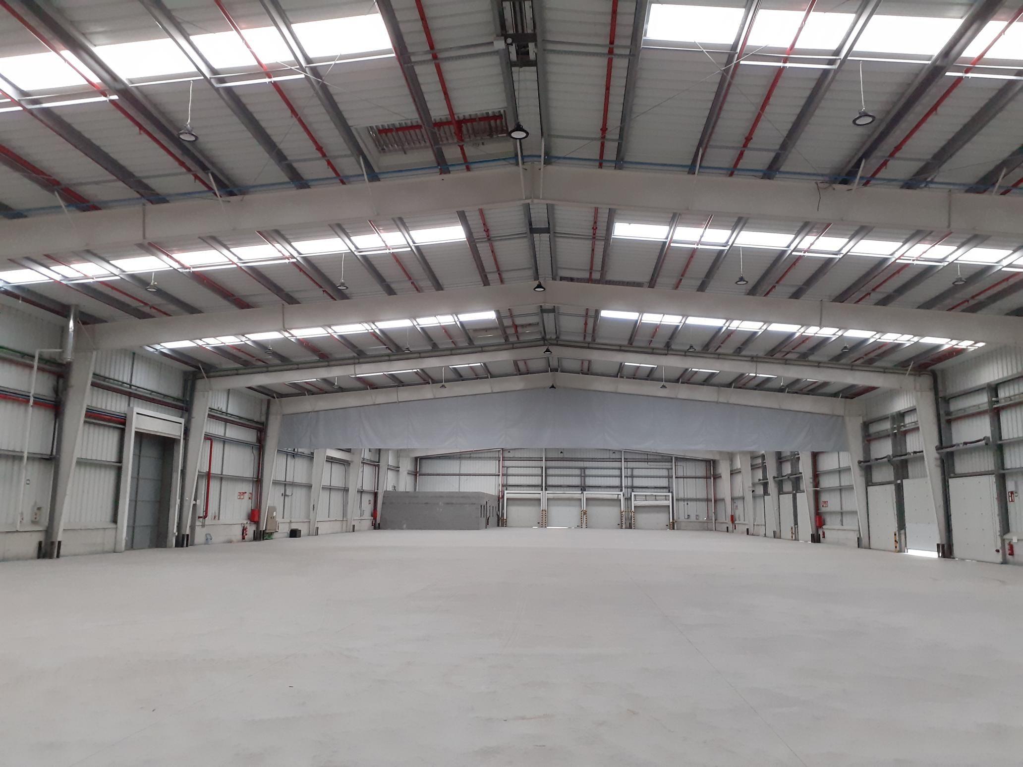 Fotografia Interior del nuevo hub de Pall-Ex en Sant Esteve Sesrovires