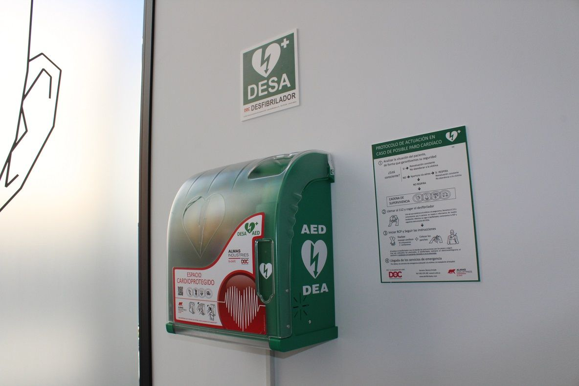 Foto de Desfibrilador instalado en la Clínica Díez y Bonilla de