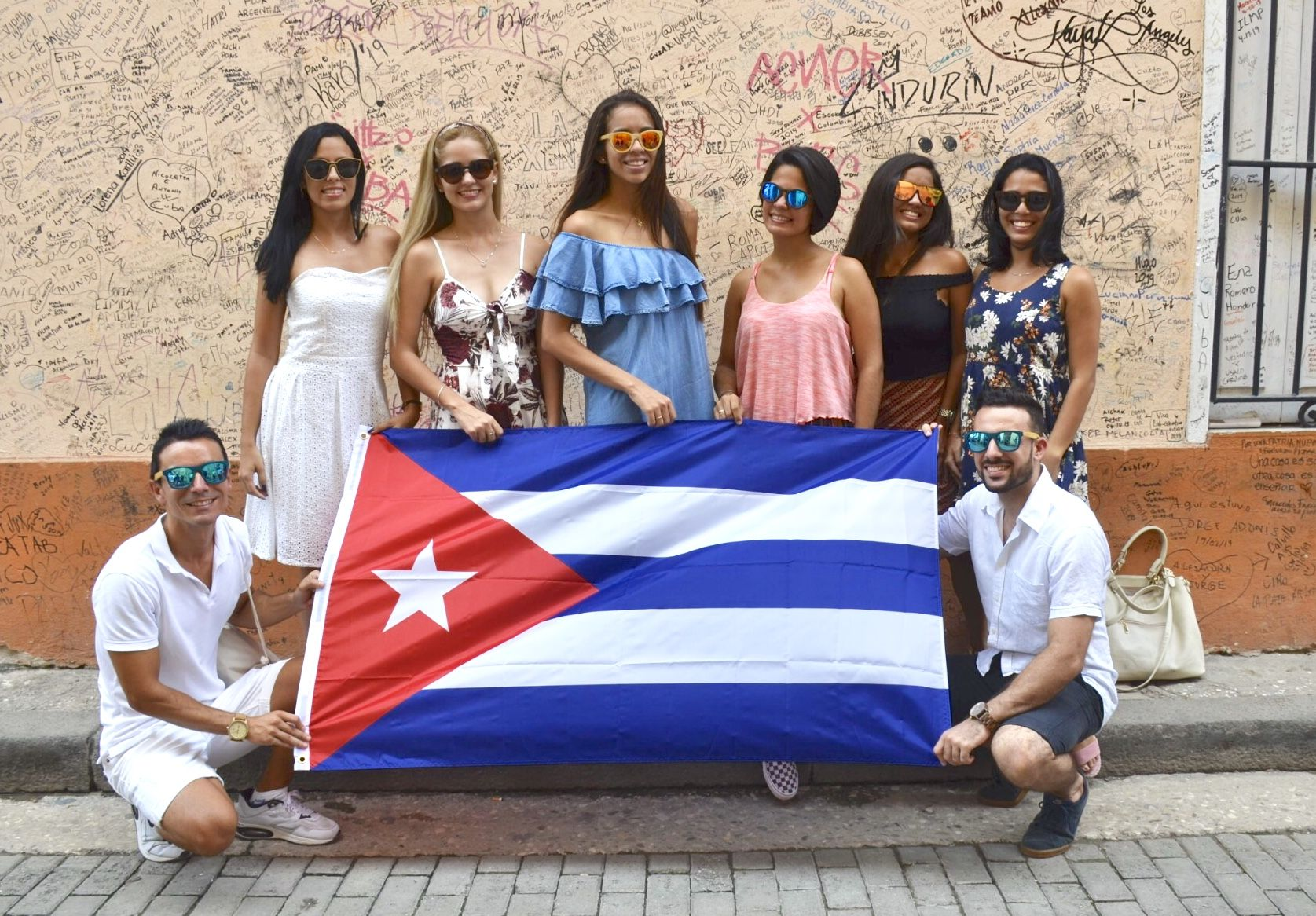 alt - https://static.comunicae.com/photos/notas/1209625/1573829620_livegens_cuba.jpg