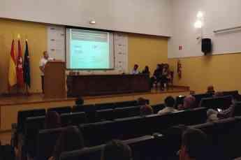 Pablo Castán, Science Advisor de Mirnax, en una reciente presentación en el Hosp. Carlos III de Madrid