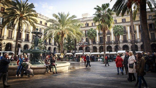 Barcelona, Madrid, Sevilla y Valencia, los alquileres de corta y media estancia más demandados