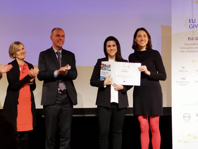 Foto de Entrega del premio