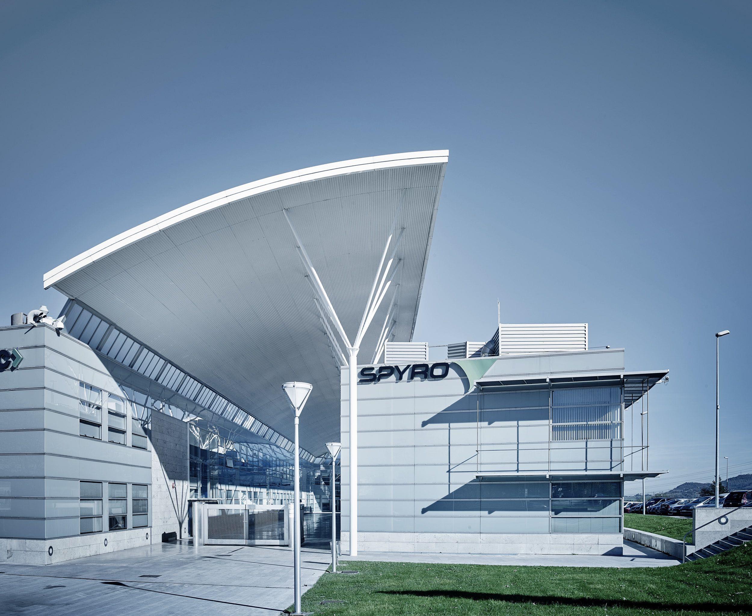 FotografiaImagen de la sede central de SPYRO en el Parque