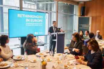 """Pedro Carrascal, director de Esclerosis Múltiple España, durante su intervención en """"Brain, Mind and Pain"""", celebrado en el Parl"""