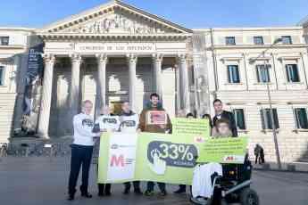 Foto de La reivindicación #33AHORA llegó al Congreso de los