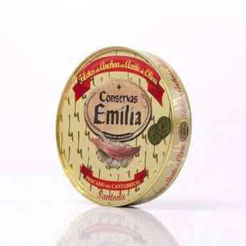 Productos de Conservas Emilia para poner  en la cesta esta Navidad