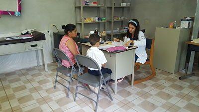 La ONG Comparte pone su grano de arena para luchar contra el dengue en Honduras
