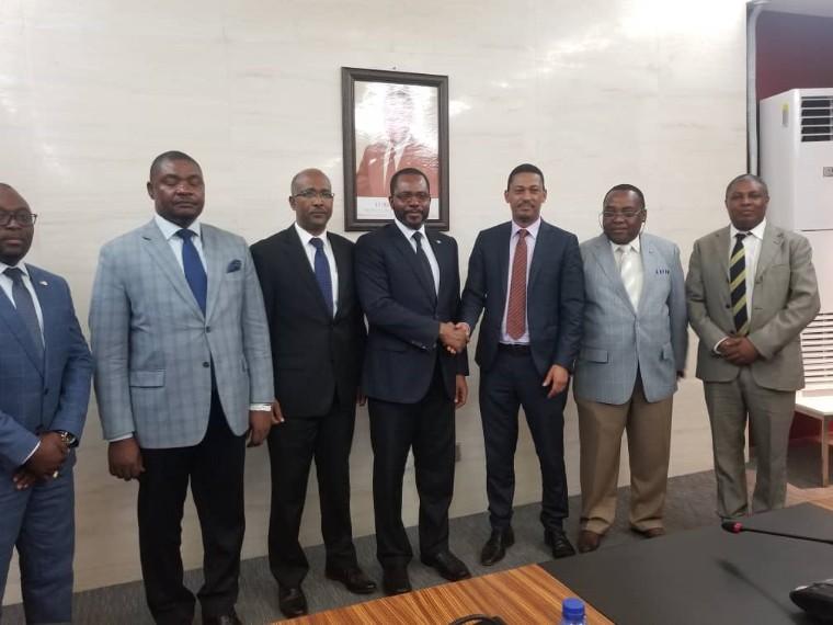 Audiencia del Excmo. Ministro Titular con el Excmo. Ministro de Petroleo de Etiopia