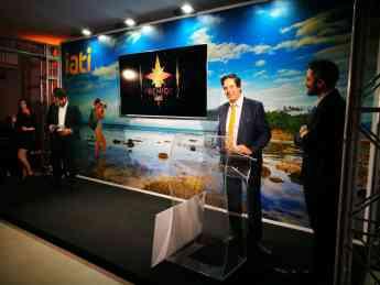 Noticias Viaje | Alfonso Calzado, CEO de IATI Seguros, y Roberto Leal