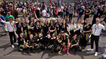 Equipo de automovilismo enteramente femenino de Giti Tire Girls Only