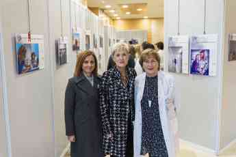 Inmaculada Moro, Pilar Lekuona y Carmen Rodríguez, en la inauguración de la exposición.