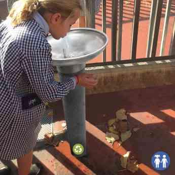 Foto de FUENTE FPAR2 personalizada para patios de infantil