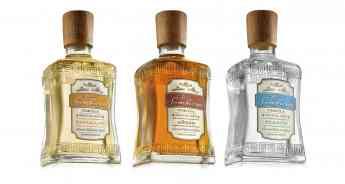La Bendita Agencia diseña las nuevas botellas y etiquetas de la marca de tequila Tres Sombreros