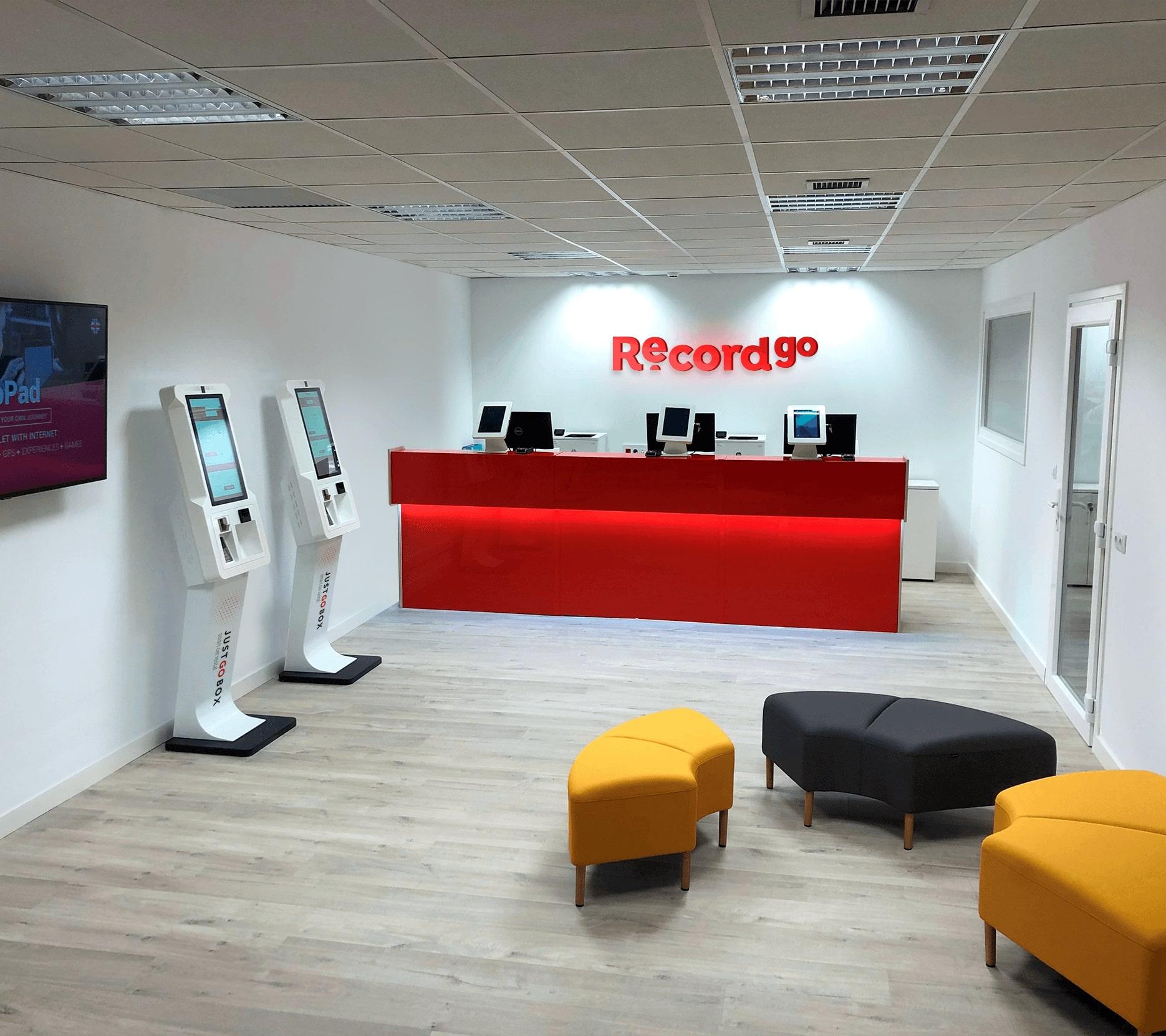 Record go llega al País Vasco con una nueva oficina en Bilbao