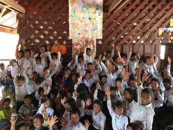 La escuela online de inglés Papora regala un año de escuela a 8 niños