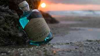 Foto de Botella de Mar & Juana Playa