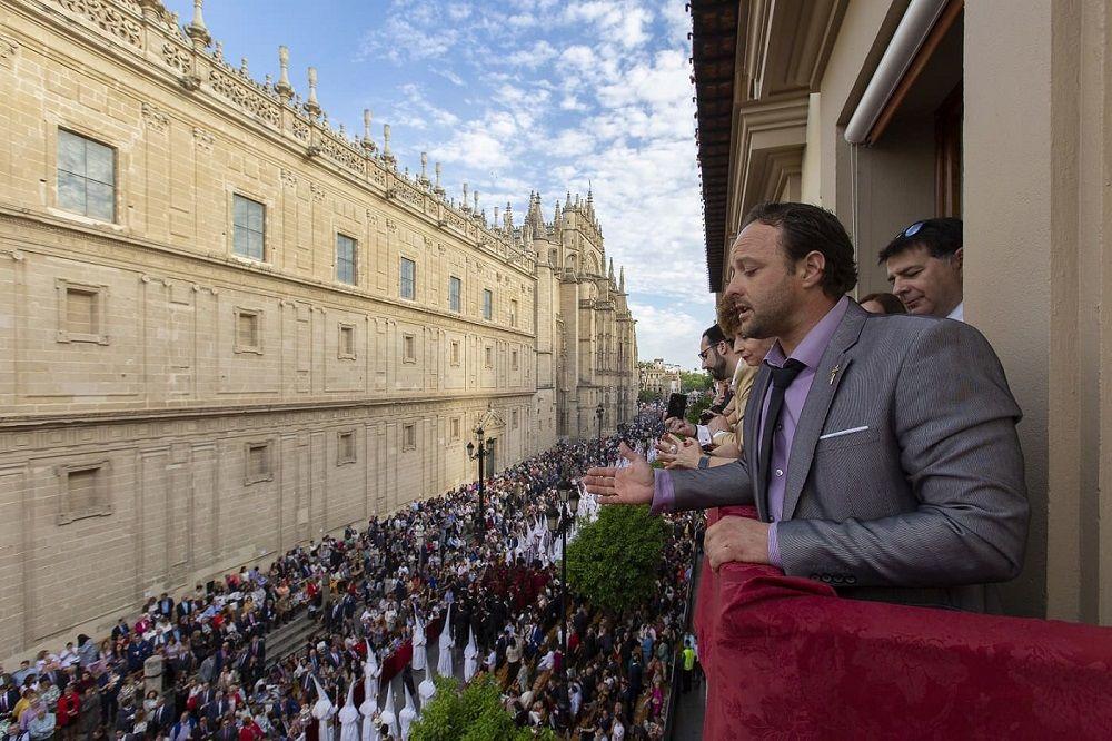 Saimaza sortea balcones para disfrutar de la Semana Santa sevillana