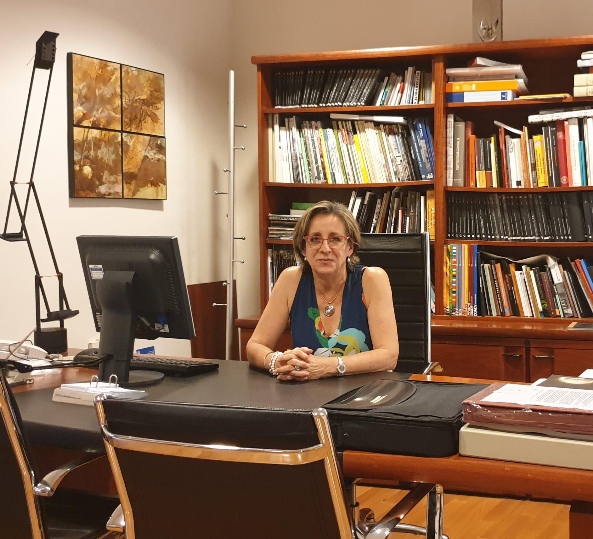 Foto de Elena Guijarro, decana de COACM