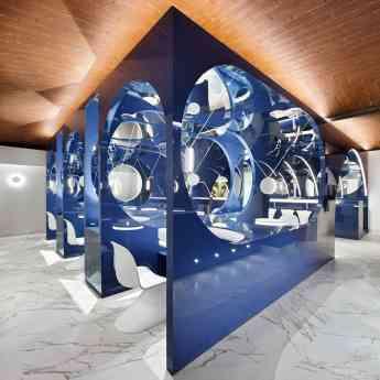 ALVIC BLUE MOON LOUNGE BAR