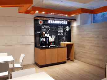 Foto de Starbucks on the go en el Hospital La Paz