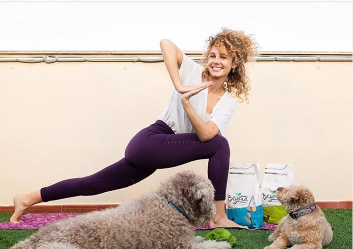 Foto de Esther Acebo - Yoga Dog Day