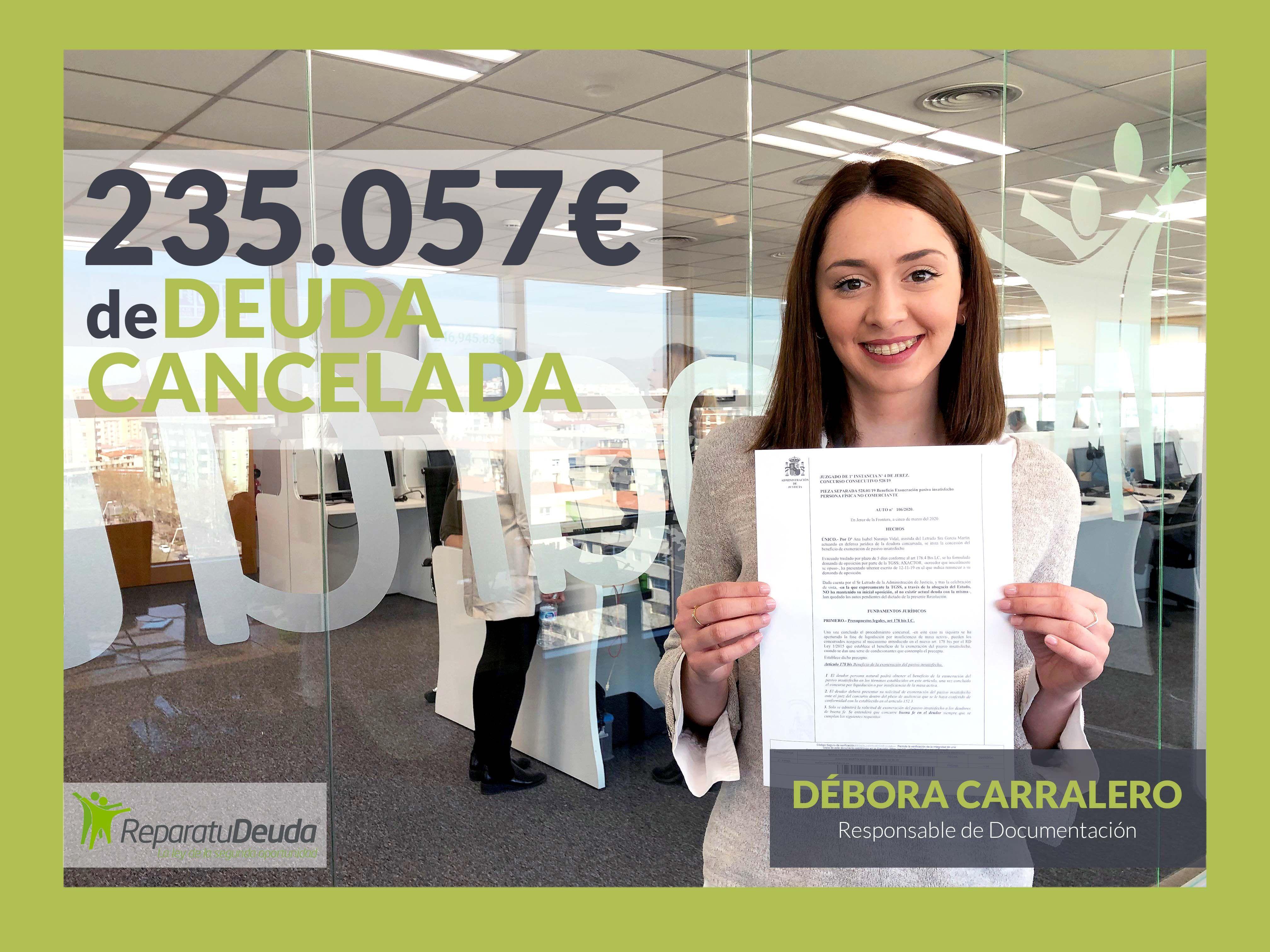 Fotografia Debora Carralero, asesora especialista en la ley de la