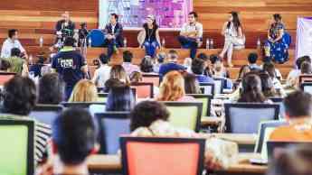 Ponentes imparten un taller en Media Startups Lima.