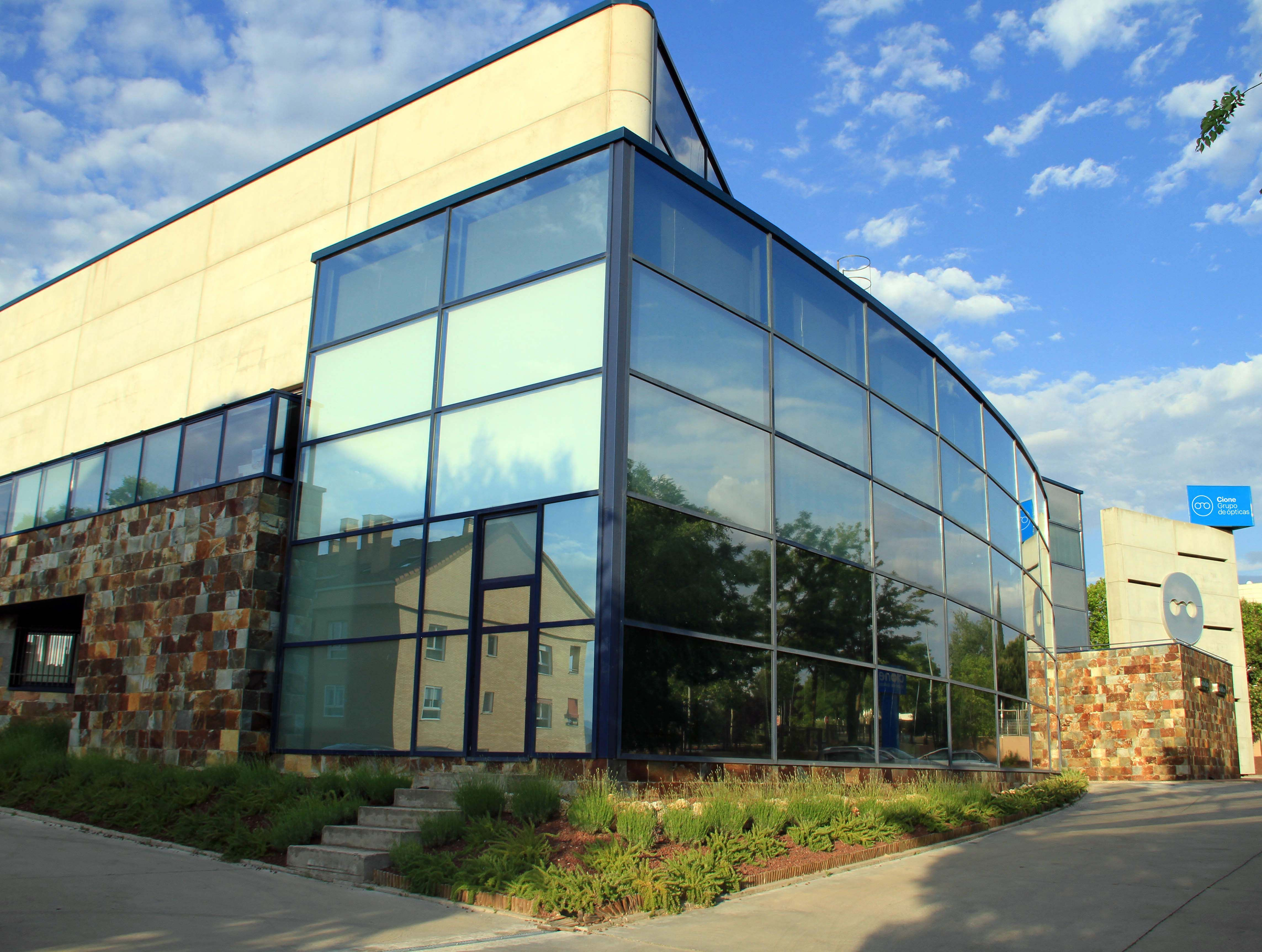Tres interesantes formaciones en Cione University para afrontar la desescalada