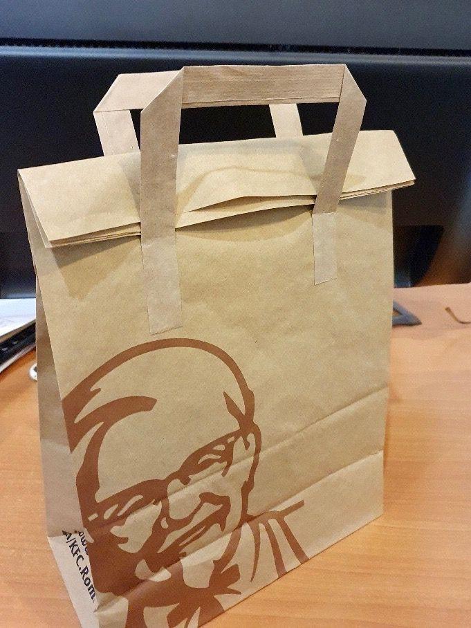 Restaurantes y bares apuestan por las bolsas de papel