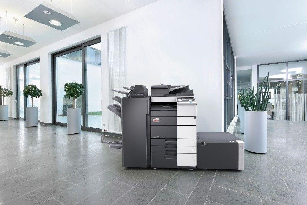 Foto de Impresora DEVELOP en oficina