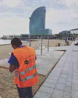 Disseny Barraca, empresa elegida para delimitar todas las playas de Barcelona