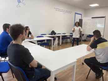 Foto de Avanza mejora la higiene postural en la empresa impartiendo