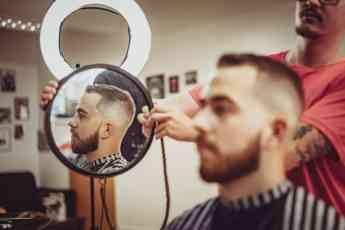 """Foto de ¿Cómo viven los peluqueros la """"nueva normalidad""""?"""