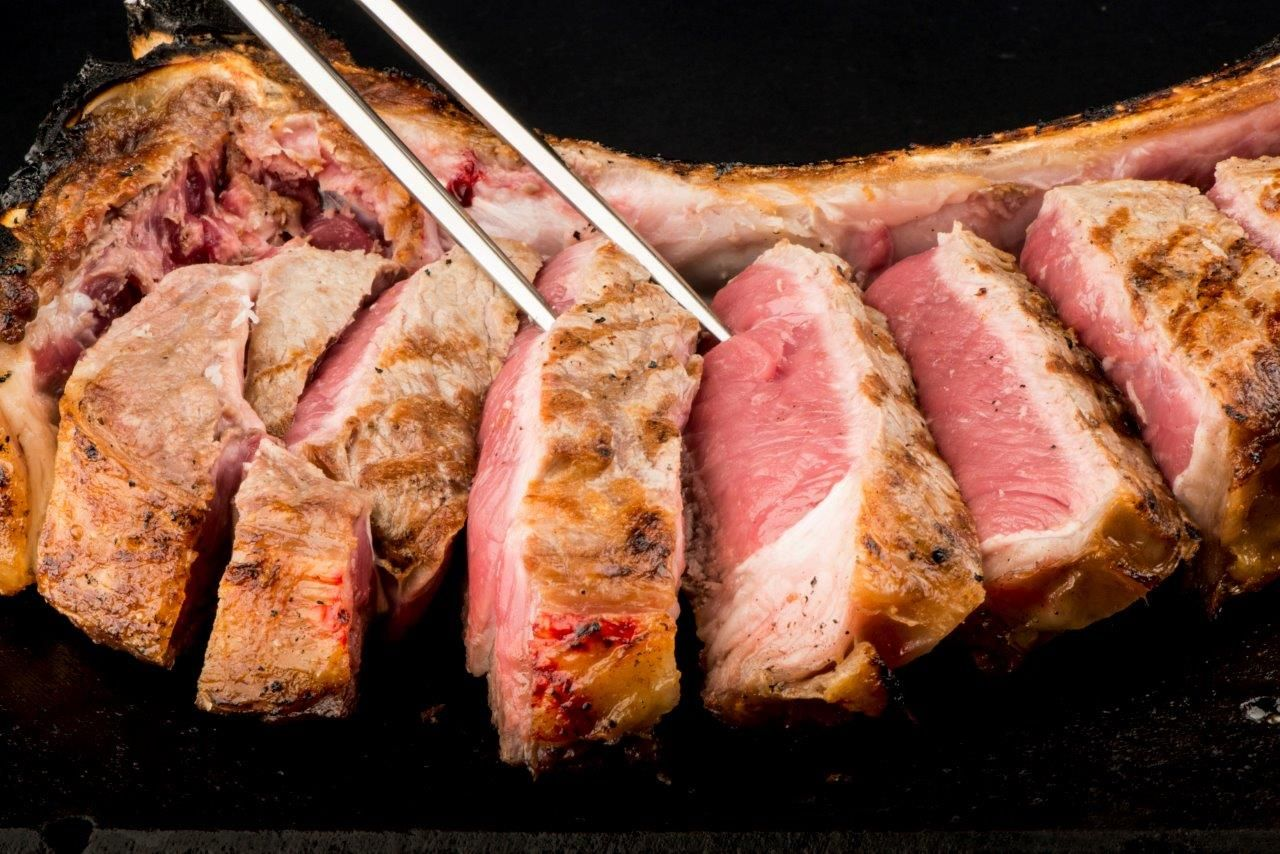 Foto de Brunelli's Steakhouse reabre sus puertas al público