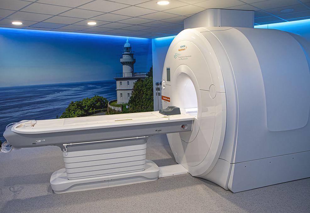Fotografia FOTO: Resonancia Magnética de 3 Teslas en Policlínica