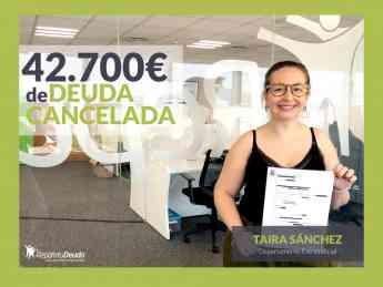 Taira Sanchez del departamento Extrajudicial de Repara tu deuda abogados