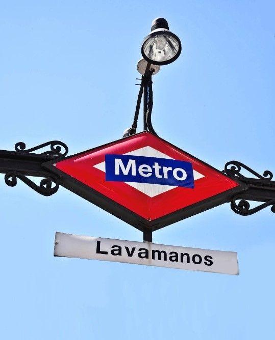 Foto de 'Metro Lavamanos', la petición de KFC para cambiar el