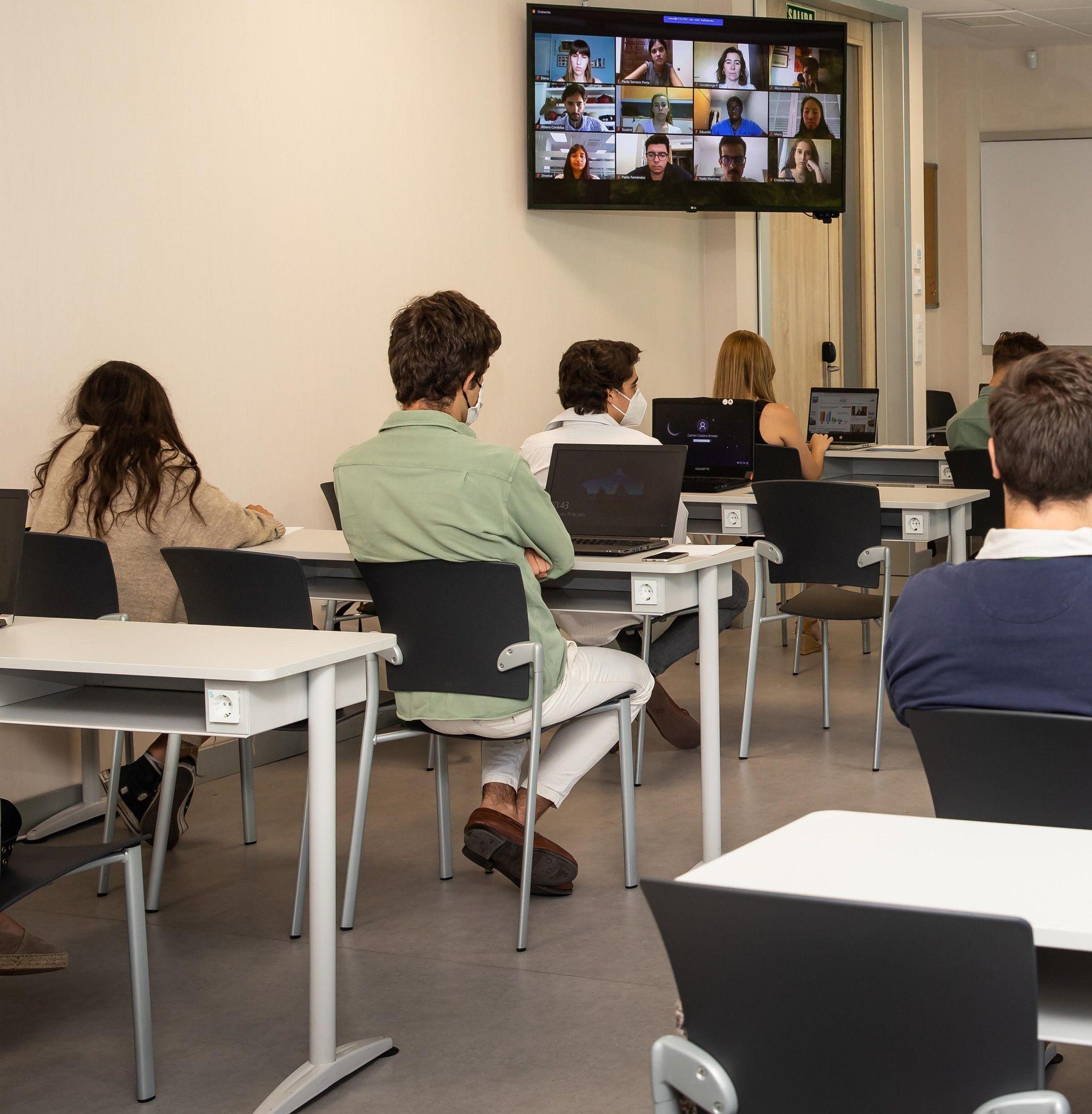 Foto de CEU Aulas doble presencialidad Hyflex